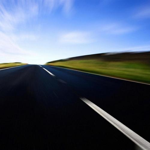 Free_iPad_Wallpaper__Includes_the_Scene_of_Highway_Makes_One_Feel_Fast_Speed_and_Great_Driving_Excitement